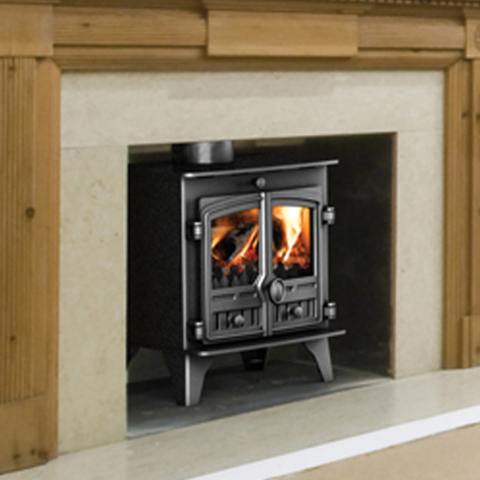 Defra Approved Stove Hunter Compact 5 Multi Fuel Stove